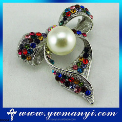 Fashion Style wedding dress made in china crystal and pearl brooches