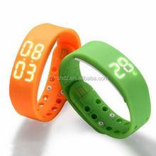1.54 inch sos watch phone factory waterproof shockproof smart phone