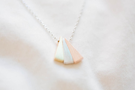2014-Fashion-18k-Gold-3-color-triangle-necklace-bridesmaid-gift-Free-Shipping (2)