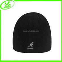 Cheap flat embroidery men knit beanie hat