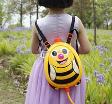 2015 hot sale cartoon animals water gun toys,backpack plastic water gun for kids/child