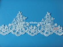 Encaje bordado de encaje de flores recorte con las perlas SBL62105CB