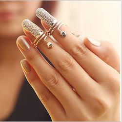Yiwu fashionable plum full of artificial diamond nails ring cheap gifts