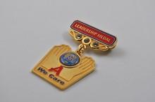 Good quality cheap custom metal pin/pin/badge /magnetic/ car emblem china factory