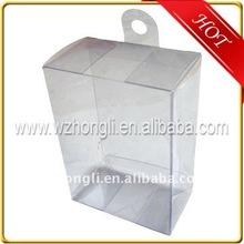 pequeña caja de pvc transparente