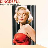 Marilyn Monroe Design Fir Wooden Print Photo On Canvas