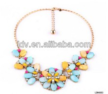 Wholesale handmade crystal flower resin and half-petals chain necklace