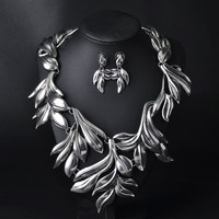 Hot design branded leaf gold silver necklace with earrings jewelry set for dressing