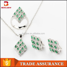italian gold and platinum plated bridal jewelry sets with emerald for ladies