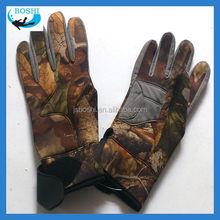 Camo Hunting 5 finger neoprene glove wholesale