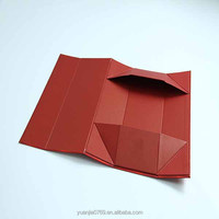 Red foldable gift box for cigarette