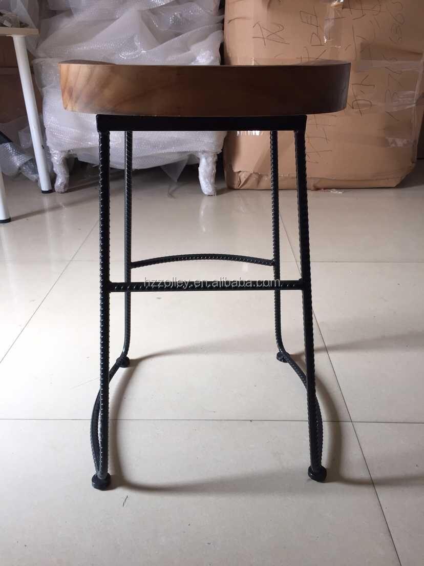 Industriel italien meubles fer tabouret de bar chaise de for Meuble salle À manger avec chaise fer forgà