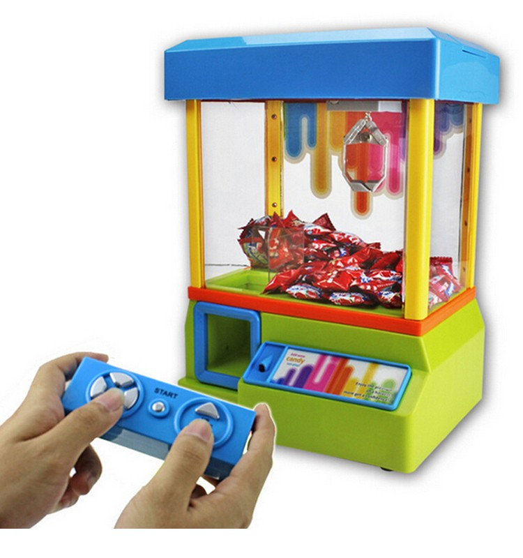 Wholesale plastic mini rc candy grabber toy for children