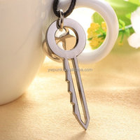 Awesome design sell necklace, fashion necklace gun black key