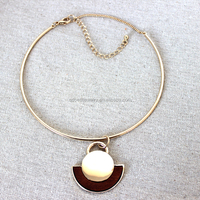 2015 TOP sell gold plating wood pendant necklace