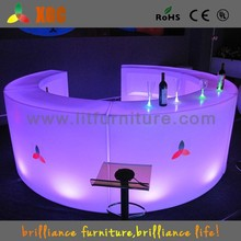 bar counter wooden,bar and pub furniture,table round white