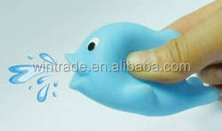 lovely squirt whale toy type custom rubber animal toy