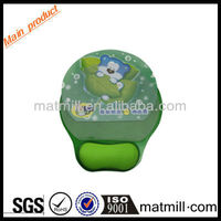 Cute Animals Picture Insert With Plastic Mouse Pad With Arm Rest