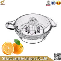 Round Clear Glass Fruit Juicer