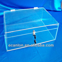 acrylic jewelry display case with lock and key