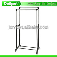 2015 classic design simple practical metal hanging clothes display rack