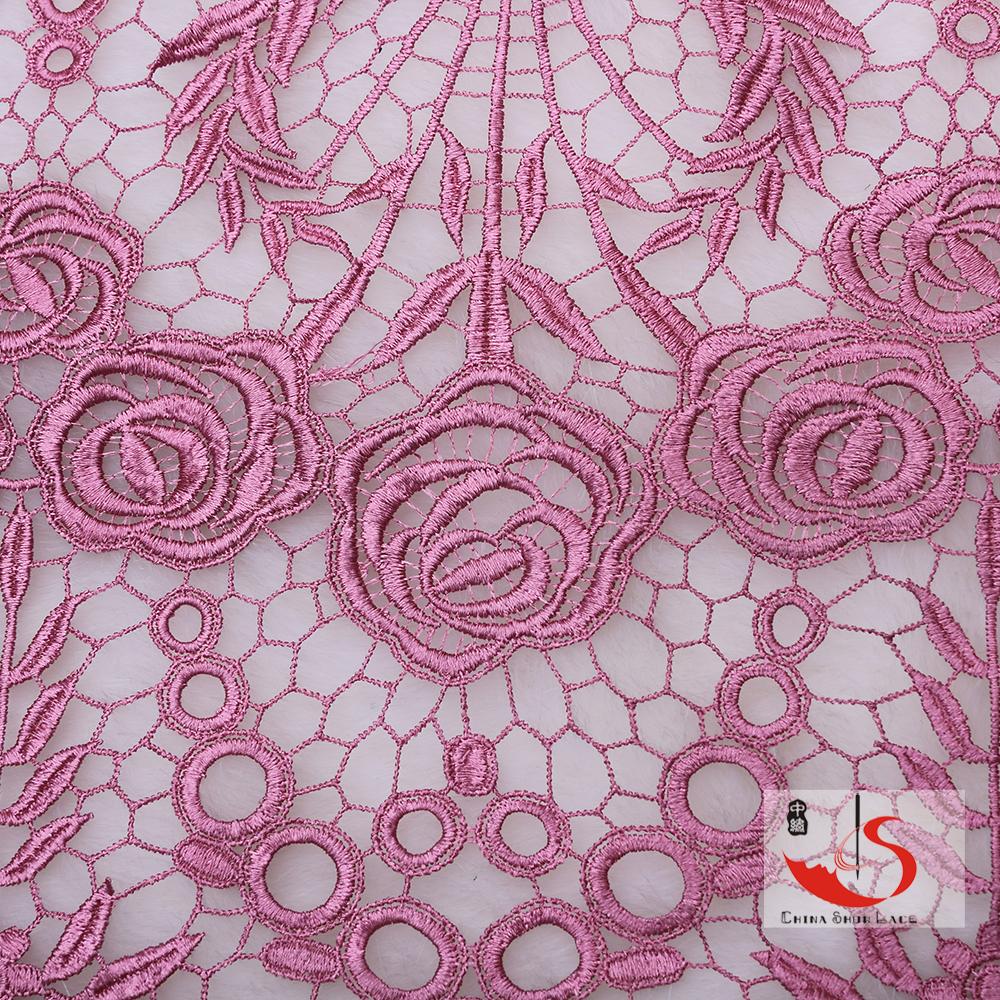 Fornitore porcellana fiore all'ingrosso design abito da sposa in pizzo guipure solubile in acqua