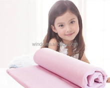 roll up and compress vacuum pack memory foam mattress topper