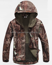 Custom Waterproof Outdoor camo printed softshell jackets