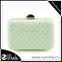 Sunvela fashion white clutch bag closures?