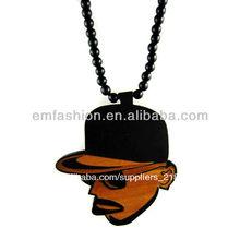 Mejor- venta de hip hop baratos retrato de cabeza de buena madera collar de hombres