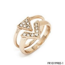 """Pave crystals triangle & """"V"""" shape ring set diamonds gold engagement rings"""