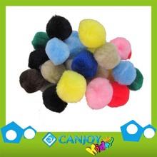 Colores brillantes hijos práctico pompón