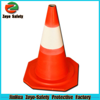 Zoyo-Safety Factory Wholesale Road Leader Adjustable Reflective PVC Or Cotton cone shape mold