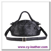 2015 cheap wholesale fashion classic leisure leather woven women leather handbags