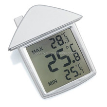 Promotional small size house shaped thermometer clock for gift