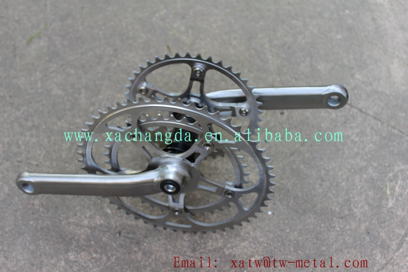 Ti tandem bike frame crankset08.jpg