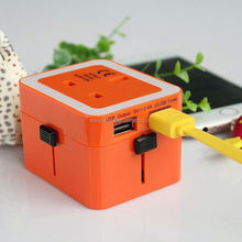 2014 top sale high quality world travel adapter salt and pepper gift