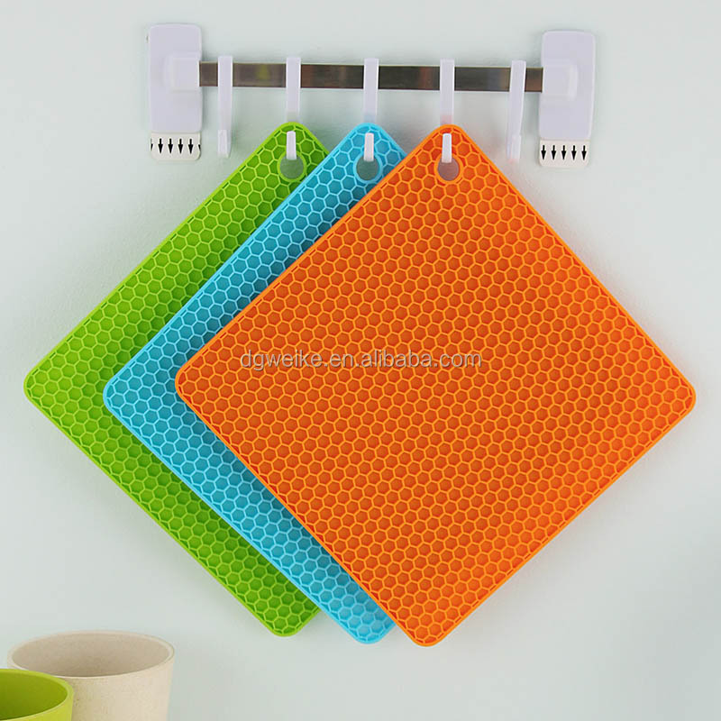 cheap_100_silicone_kitchenware_high_heat_strong_style_color_b82220_protection_mat_strong_for_kitchen_use_odm (2).jpg