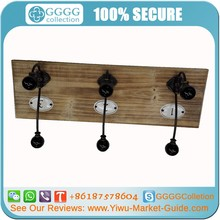 Wooden Coat Hook/Rack With 4 Hooks