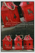 Powder coating red classical decorative Christmas wooden lantern