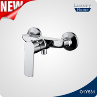 wall mounted bath shower mixer taps