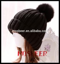 2015 nueva tejer sombreros bola de piel de mapache sombrero del invierno hicieron punto
