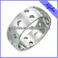fashion stainless steel perforated ring