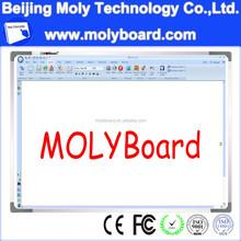 4 users writing digital board
