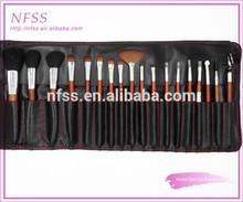 Mejor venta de cosméticos pincel de maquillaje 18pcs/set mango de madera componen cepillos