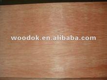 Birch, Lápiz de cedro, Okoume, Bintangor chapa enfrenta la madera contrachapada comercial para los muebles