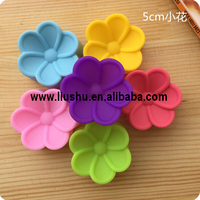 5cm silicon flower muffine cake baking mould and choclate mold