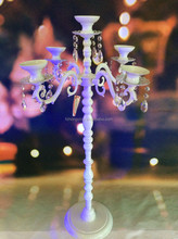 elegant wholesale White quoted cast Aluminium crystal hanging Candelabra for wedding table decoration centerpiece