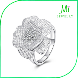 Amazon Hot new European and American jewelry wholesale fashion classic flowers CZ Ring