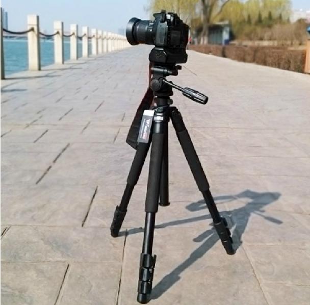 WF-6662A camera  tripod.png